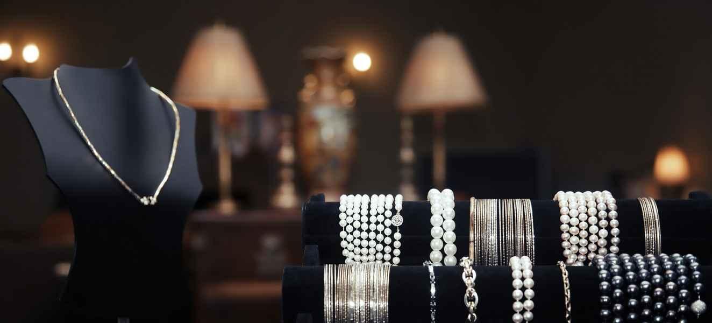 عکاسی زیورآلات | طلا | جواهر | سنگهای زینتی | برندینگ
